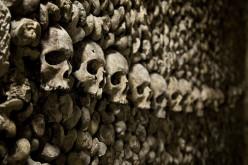 Airbnb privatise les Catacombes de Paris pour Halloween !