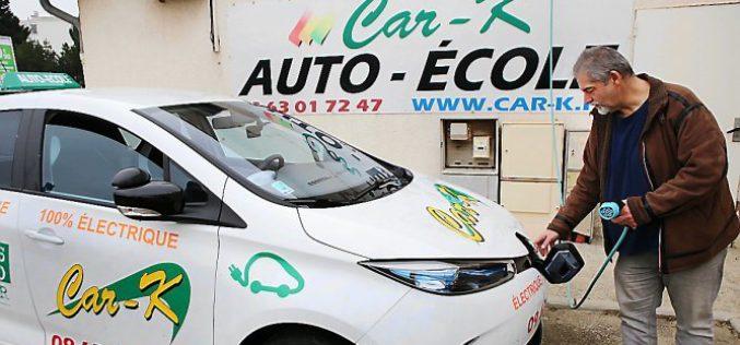 Les véhicules électriques débarquent dans les auto-écoles