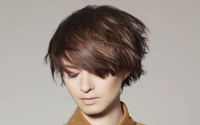 Coiffures tendance, coiffeurs au top : comment les trouver ?